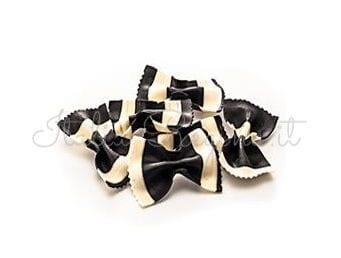 Black & White Farfalle Pasta 250 gr – Zanier