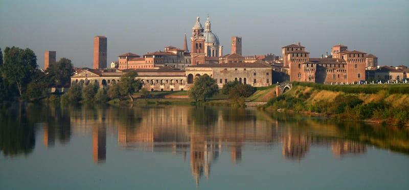 Discover Mantua