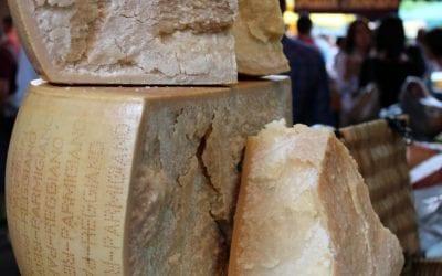 Parmesan Cheese vs Parmigiano Reggiano