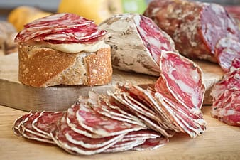 Sauce combinations with cured meats